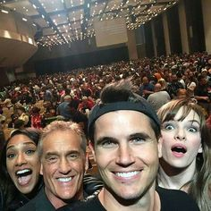 The Flash | Candice Patton (Iris), John Wesley Shipp (Henry Allen), Robbie Amell (Ronnie) and Danielle Panabaker (Caitlin)