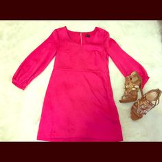 Pink long sleeve dress Pink long sleeve dress with a slight shimmer to the fabric. It's tighter around the top and flakes past the bra line. Appropriate for an office environment or paired with fun heels for going out. Good used condition. H&M Dresses Long Sleeve
