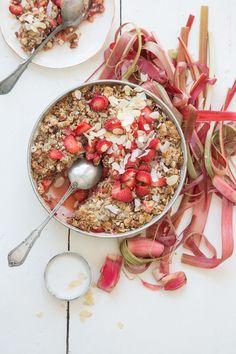 Smulpaj på jordgubbar och rabarber - GardenGirl