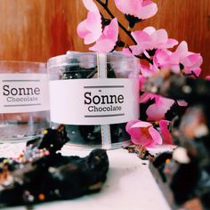 Cookies By Sonnechocolate.  for information line : sonnechocolate Whatsapp : +6282257628692 monday - friday : 10am - 4pm saturday : 8am - 12pm  sonnechocolate@gmail.com Do you like chocolate? Do not miss this