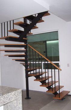 escalera-forma-u-yagul-foto-003 | SUVIRE – Diseño, Calidad y Construcción – Escaleras, Barandales y Herrajes – Escaleras Residenciales de Interiores y Exteriores en Madera y Metal