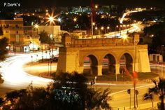 Beb saadoun by night