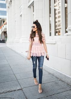 20 pink outfits for romantic looks Lace Top Outfits, Lace Outfit, Pink Outfits, Fall Outfits, Casual Outfits, Cute Outfits, Buckle Outfits, Look Fashion, Fashion Outfits