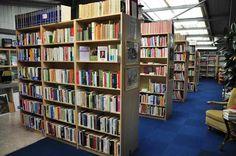 Bücher-Abteilung jetzt alle Bücher zum 1/2 Preis bei HIOB Murten  #Schnäppchen #Trouvaille