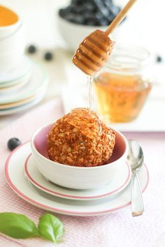 #HEALTHYRECIPE - Paleo Toasted Coconut Fried Ice Cream