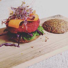 Low carb burger with vegan patty