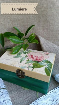 Box decoupage