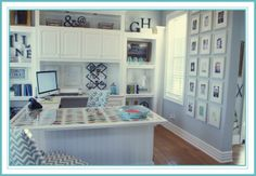 House of Turquoise: Love the desk!