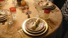 Christmas tablescape with Johnson Bros Old Britain Christmas china - Get the look for this and many other tablescapes at tabletastic.weebly.com   #Christmas #Christmas table #Christmas decor