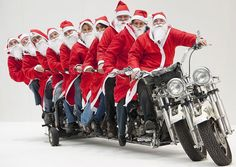 Santa's got a new sleigh - and it's got room for ten. Rudolph may have been rendered redundant by this seven-engined, four-wheeled, long Harley Davidson. Christmas Tree Lots, Christmas Post, Christmas Movies, Christmas Pictures, Merry Christmas, Harley Davidson Engines, Naughty Santa, Santa Decorations, Handmade Christmas Gifts