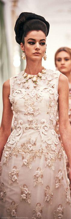 Spectacular Entertaining Events| Wedding Bliss| Serafini Amelia| The Sophisticated Bride| Dolce&Gabbana Alta Moda|Sophisticated Style| Serafini Amelia