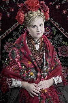 #Ukrainian #style #Spirit of #Ukraine Vía Ukraine Total Recall.
