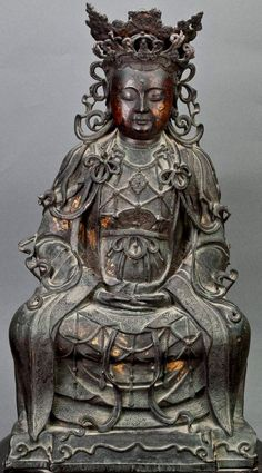 XI WANGMU | The growing popularity of the Queen Mother of the West, as well as the beliefs that she was the dispenser of prosperity, longevity, and eternal bliss took place during the second century BCE when the northern and western parts of China were able to be better known because of the opening of the Silk Routes.(Mair, 2006)