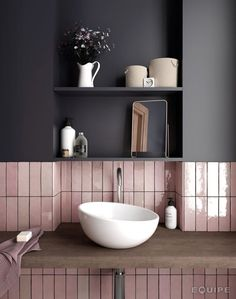 Australian bathroom trends: November 2018 edition - The Interiors Addict - - Australian bathroom trends: November 2018 edition – The Interiors Addict Lovely Bathroom Decor inspiration Grand Designs tiles Bathroom Trends, Bathroom Inspo, Bathroom Interior, Home Interior, Bathroom Inspiration, Bathroom Ideas, Bathroom Pink, Bathroom Shelves, Bathroom Renovations