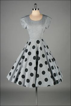 vintage 1950s dress . gray cotton . polka dots
