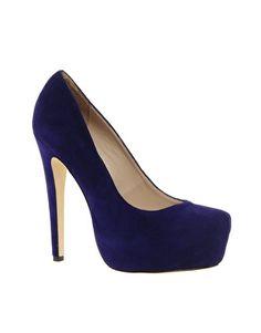 Suede Hidden Platform Court Shoe / Senso