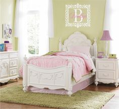 Love the colors for a shabby chic girl's room. #shabbychic #girlsroom #pinkandgreen