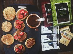 best hiking snacks // the little red house