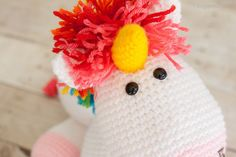 Rainbow Cuddles Crochet Unicorn Pattern via @1dogwoof