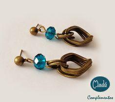 Madó Luaces : Pendientes metálicos en color oro viejo y cristal ...