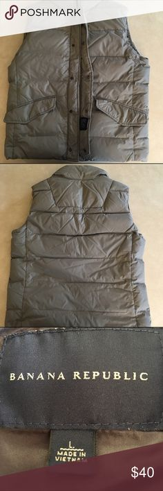 """Banana Republic Men's Down Vest Large Men's Banana Republic Puffy Vest Shell: 100% Nylon Filler: 80%Down Size Large 24"""" across front chest 27"""" length Very Good, Previously Worn Condition. Inside Pocket Zipper will only open halfway. Minor spots on front right shoulder Banana Republic Jackets & Coats Vests"""