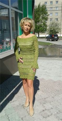 club.osinka.ru picture-10350039?p=18156466 Crochet Short Dresses, Crochet Wedding Dresses, Short Lace Dress, Crochet Clothes, Lace Knitting, Crochet Lace, Over 60 Fashion, Lace Outfit, Crochet Cardigan