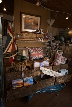 My older daughter would love this as inspiration for her room. A little bit of a country vibe with the Union Jack flag, very cool!