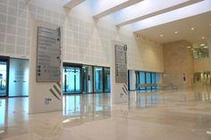 Directorio General para Hospital La Fe, realizado en PRFV y Sistema Imaco. Interior Exterior, Bathtub, Bathroom, Exterior Signage, Faith, Interiors, Standing Bath, Washroom, Bathtubs