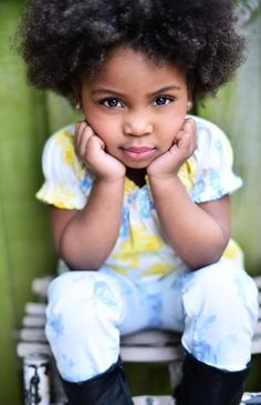 Black Girls Killing It : Photo Sweet look for my girlies Natural Hairstyles For Kids, Natural Hair Styles, Pretty Baby, Baby Love, Pretty Eyes, Beautiful Children, Beautiful Babies, Beautiful People, Beautiful Family