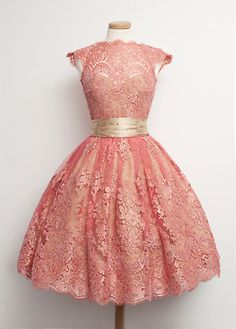 Absolutely scrumptious regal Party Dress 1950's. Gold and coral and lace and satin. Gorgeousness!!!