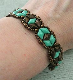 Linda's Crafty Inspirations: Bracelet of the Day: Tammy - Turquoise & Chocolate