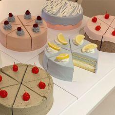 Pretty Birthday Cakes, Pretty Cakes, Beautiful Cakes, Amazing Cakes, Cake Birthday, Korean Cake, Korean Sweets, Korean Food, Pastel Cakes