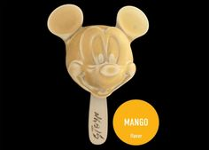 Mickey Mouse ice cream. http://www.mixtopia.ro/cooking/mixtopings/inghetata-cu-chipul-unor-celebritati/
