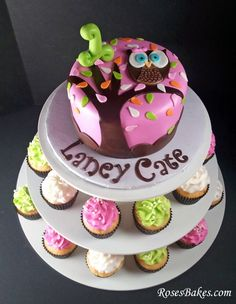 Love the idea of just a smash cake for the birthday baby and cupcakes for the rest of the party goers.