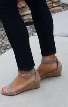 These look so comfortable. Not too high but still can be dressed up or down and can actually walk in them!