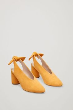 Slingback bow pumps - Yellow - Shoes - COS DE