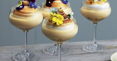 Mousse with passion fruit and meringue – good recipe for dessert Sweet Desserts, Easy Desserts, Sweet Recipes, Dessert Recipes, Meringue Desserts, Mousse, Molten Lava Cakes, Plated Desserts, I Love Food