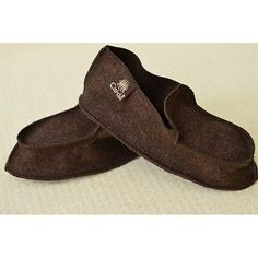 The best Slippers in Burel - Slipper in sheep wool fabric (Burel) are selling out fast so don't miss this opportunity! http://www.ebay.com/itm/Slippers-Burel-Slipper-sheep-wool-fabric-Burel-/321918261988 #slippers