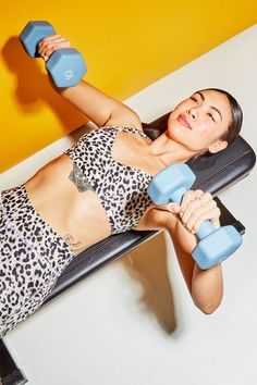 You Just Need 2 Dumbbells and These 30 Upper-Body Exercises to Get Strong, Sculpted Arms Workout Hiit, Upper Body Hiit Workouts, Body Workout At Home, Strength Training Workouts, Dumbbell Workout, Weight Training, Workout Schedule, Body Fitness, Best Dumbbell Exercises