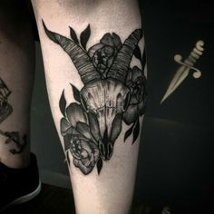 My amazing goat skull and peonies by Bruscio Prado [@ Bronco Tattoo Curitiba Brazil]
