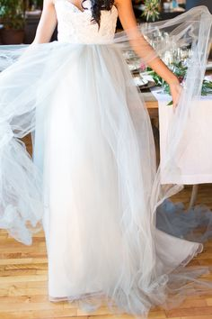 2015 Wedding Trends - Enchanted Garden. Wedding dress ideas.  #2015weddingtrends #enchantedgarden #weddingdress Off White Dresses, Simple Dresses, New York Wedding, Dream Wedding, Garden Wedding, 2015 Wedding Trends, Tulle, Yes To The Dress, Casual Wedding