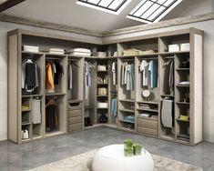 Vestidores y closets de estilo moderno por TODOMADERA ESTEPONA