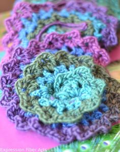 FREE PATTERN: Spiral crocheted scarf pattern from Chandi at Expression Fiber Arts