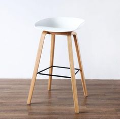 YINGYI New Arrival Modern Leisure PP Plastic Dining Bar Chair Free Shipping