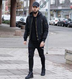 Urban Apparel, Streetwear Mode, Streetwear Fashion, Mens Fashion Suits, Black Women Fashion, Black Urban Fashion, Womens Fashion, Urban Outfits, Mode Outfits