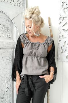 BYPIAS Linen Blouse BUTTERFLY & Linen Pants TEASE / @bypiaslifestyle www.bypias.com