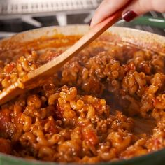 You Need This Cheesy Goulash In Your Life is part of Pasta recipes This Goulash from Delish com is comfort food at its finest - Casserole Recipes, Pasta Recipes, Dinner Recipes, Cooking Recipes, Healthy Recipes, Cheese Recipes, Turkey Recipes, Healthy Drinks, Minced Beef Recipes
