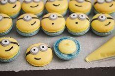 Suite au grand succès de ces petits macarons Minion auprès de ceux qui les ont mangé et de tous ceux qui suivent ma page Facebook et qui