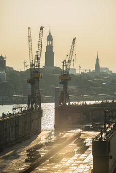 Der Michel und das leere Dock 10 | Bildschönes Hamburg