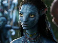 film avatar - Page 2 James Cameron, Stephen Lang, Michelle Rodriguez, Zoe Saldana, Female Movie Characters, Blue Avatar, Female Avatar, Avatar Movie, Black Girl Cartoon